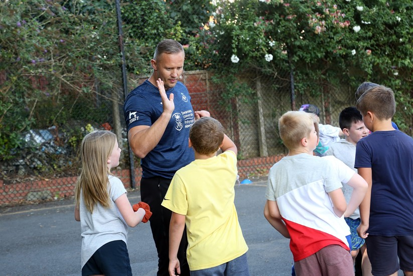 Lee Trundle at the 'Food and Fun' programme held at Melin Primary School